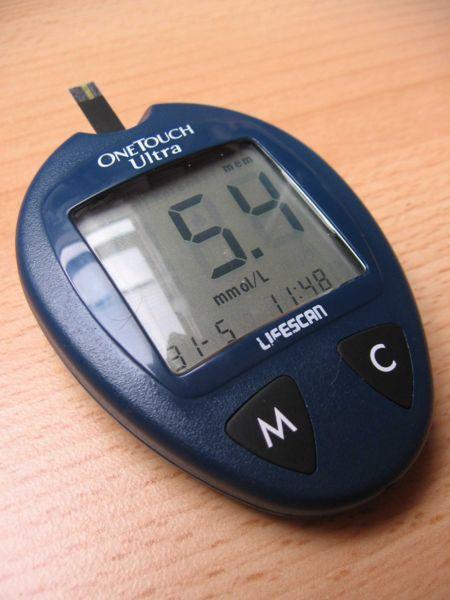 El control intensivo de la glucosa reduce un 17% los infartos y un 15% los eventos coronarios
