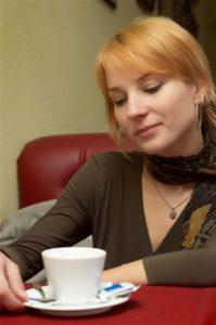 El café común, el café descafeinado y el té todos asociados con un menor riesgo de diabetes