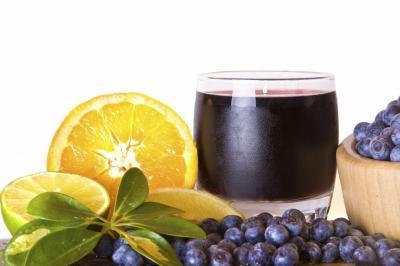 El zumo de arándanos puede ayudar a mejorar la memoria