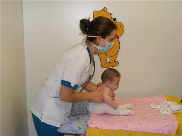 Nuevos resultados no apoyan la fisioterapia en niños hospitalizados por bronquiolitis