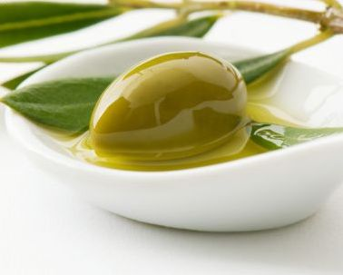 El aceite de oliva protege el hígado