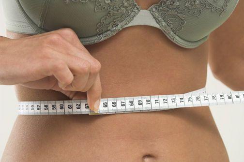 Las personas con niveles más altos de leptina y más bajos de grelina son más propensas a recuperar los centímetros perdidos.