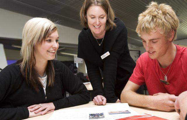 Los estudiantes entran con más calma a un examen si escriben sus preocupaciones diez minutos antes