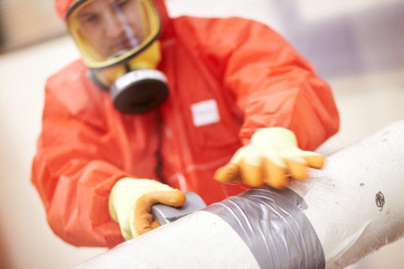 Trabajando con asbesto