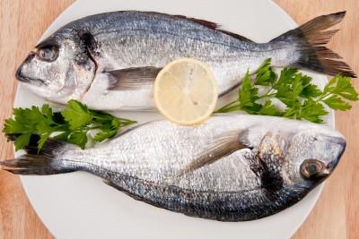 El pescado está incluido en la dieta mediterránea y tiene efectos cardiosaludables