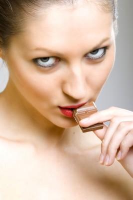 Estos resultados fueron independientes del sexo, edad, madurez sexual, ingesta energética total, ingesta de grasas saturadas, fruta y verdura, consumo de té y café y actividad física