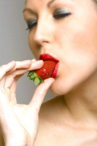 El consumo de frutillas disminuyó los niveles de colesterol malo y triglicéridos